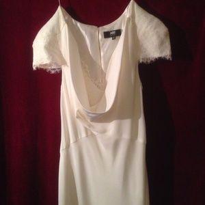 "NWOT ""Pippa Middleton"" like Wedding Dress, size 8"